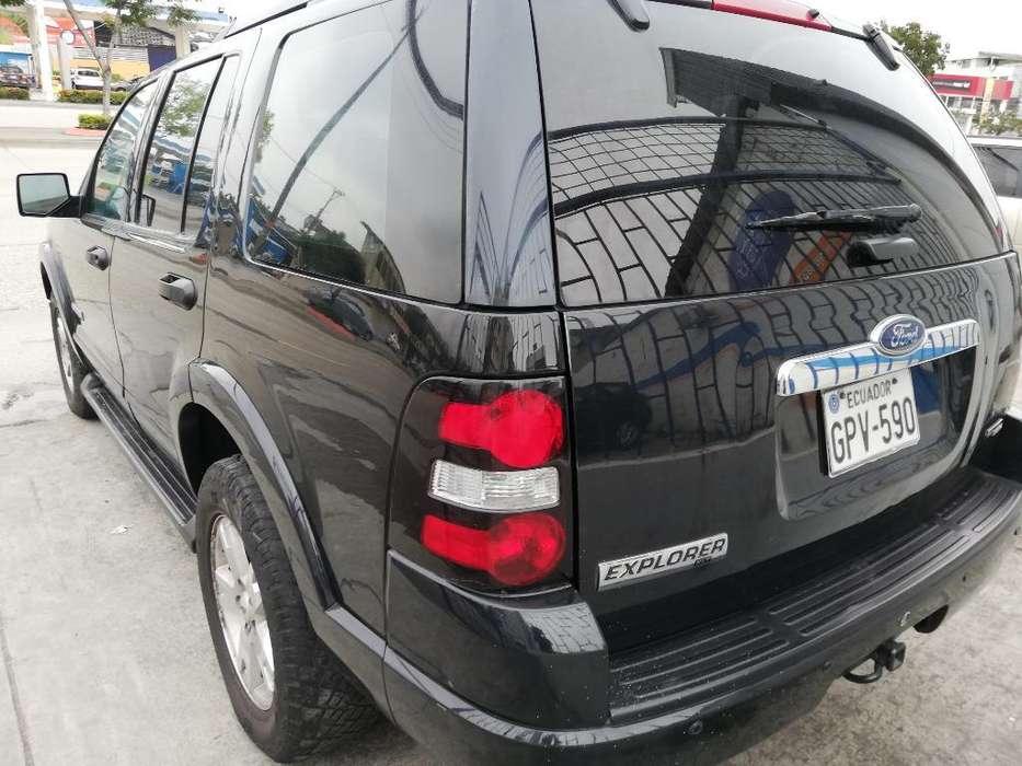 Ford Explorer 2007 - 160000 km