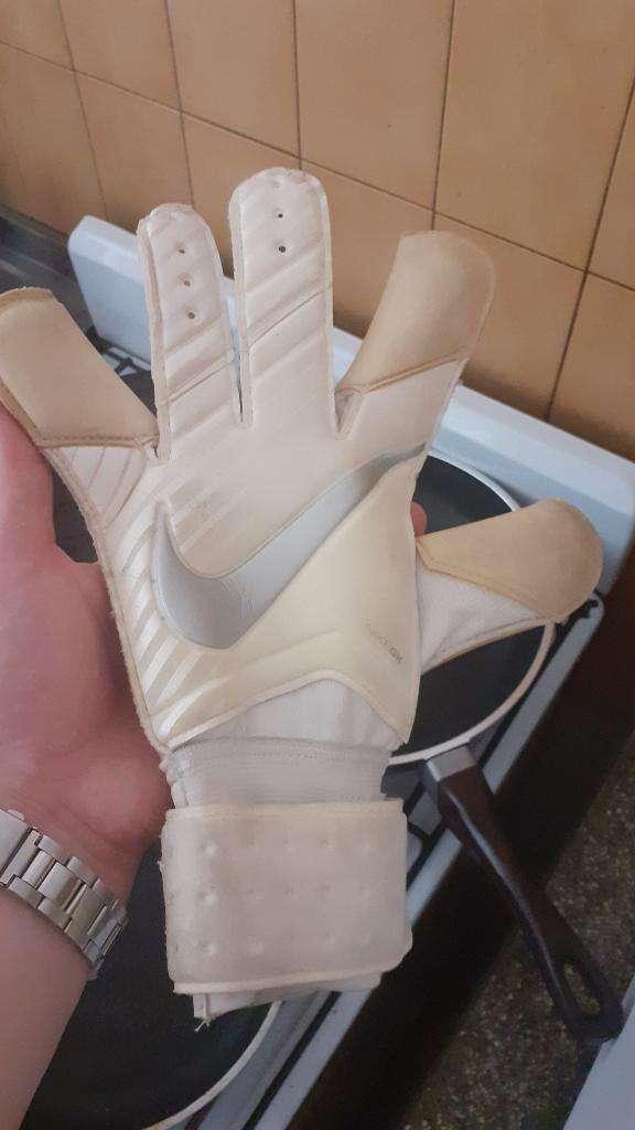 Guantes de Arquero Nike Gk
