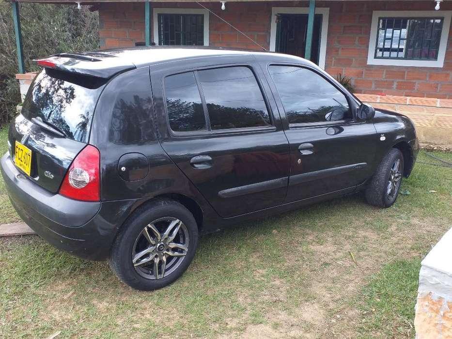 Renault Clio  2007 - 170 km