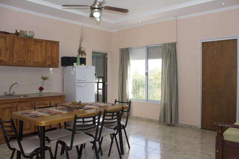 fg98 - Departamento para 2 a 5 personas con cochera en Villa San José