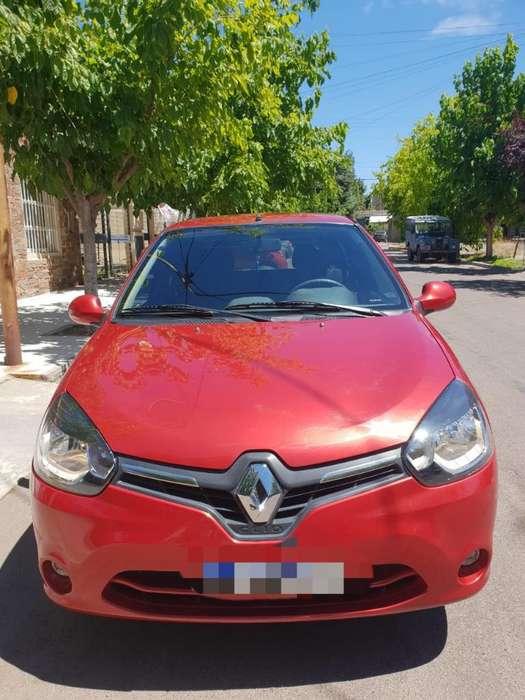 Renault Clio Mío 2016 - 11500 km