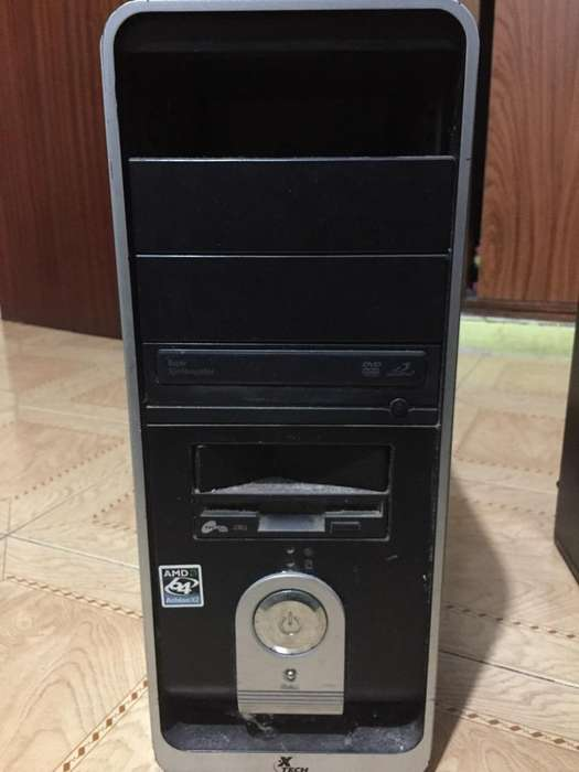 Vendo Cpu X Tech para Repuesto