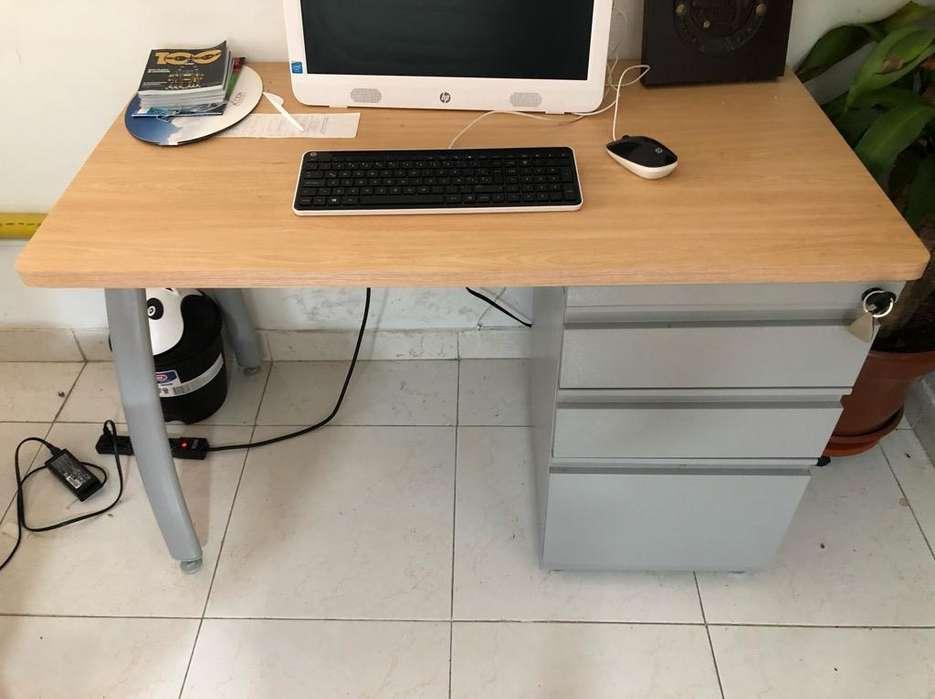Escritorio para Oficina con Cajones