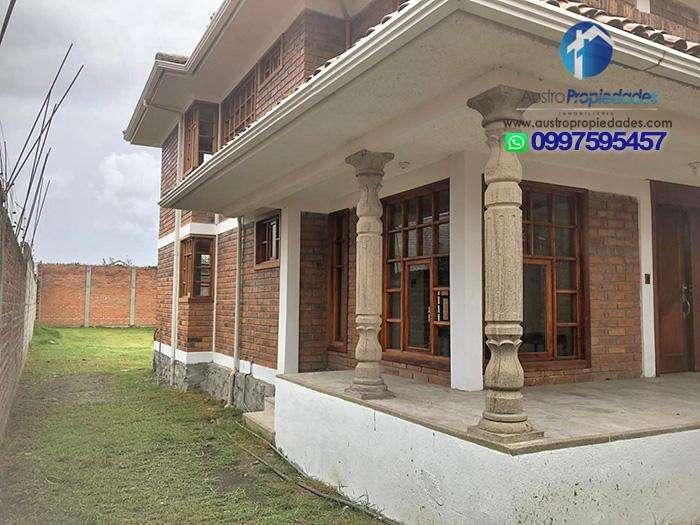 Cuenca, Se Arrienda Casa, Totoracocha, con 4 dormitorios
