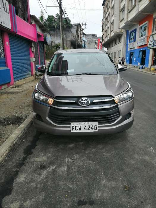 Toyota Innova 2018 - 0 km