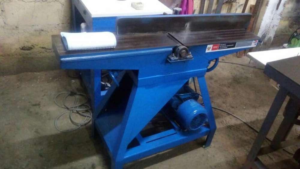 Maquina de Carpenteria de 8