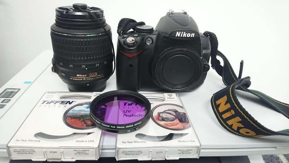 Equipo de fotografía marca Nikon en perfecto estado.