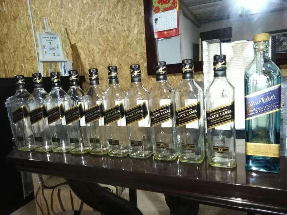 Botellas Vacías de Whisky Black Label