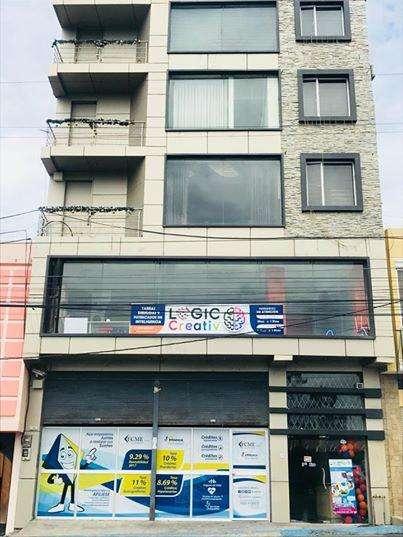 EDIFICIO SECTOR COMERCIAL/ HOTELERO DE ALTA PLUSVALÍA FRENTE TERMINAL TERRESTRE