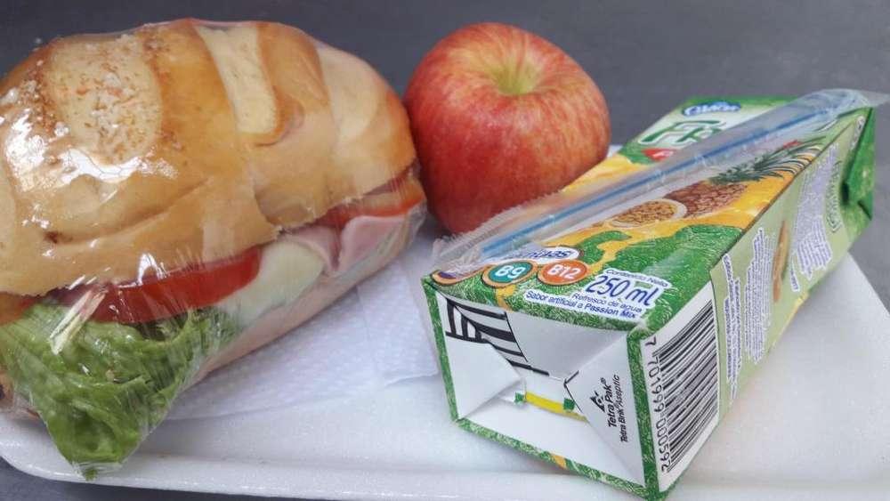 Refrigerios, almuerzos y estacion de cafe para todo tipo de eventos