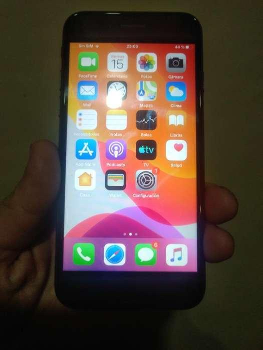 iPhone 7libre de 128 Gb Cargador