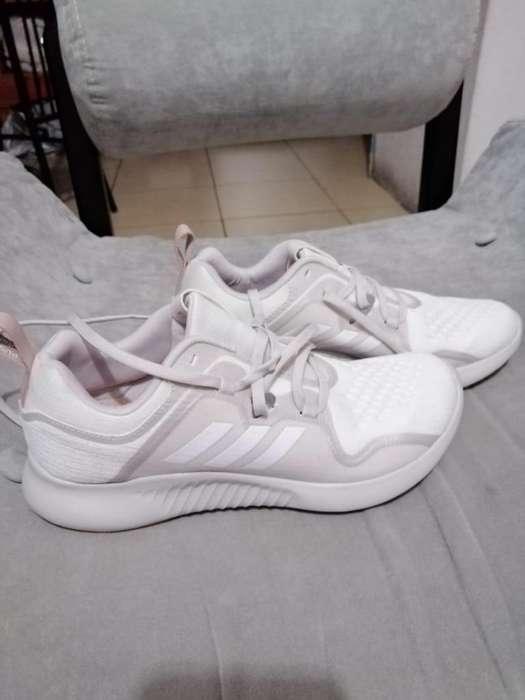 Zapatos adidas ariginales nuevos