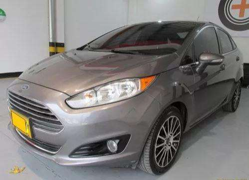 Ford Fiesta  2014 - 60000 km