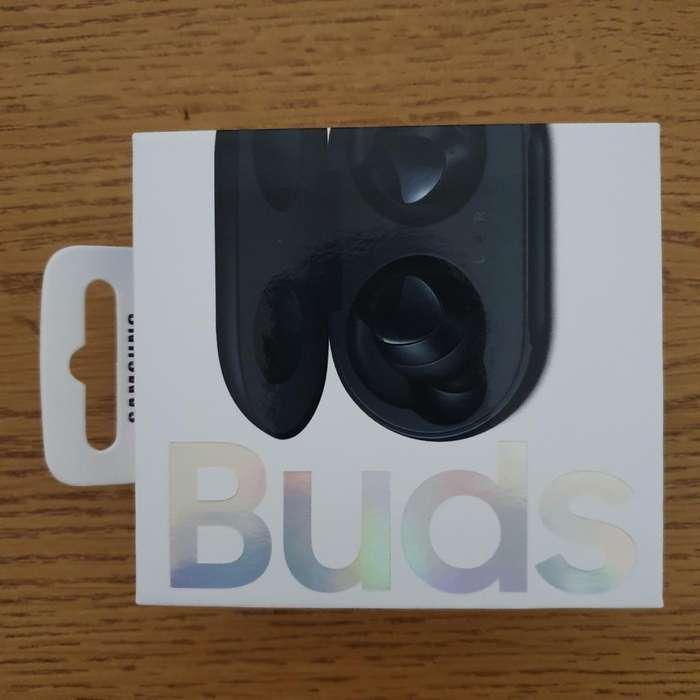 Auriculares Bluetooth Samsung Buds Akg.