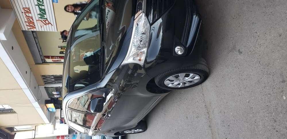 Toyota Avanza 2017 - 20000 km