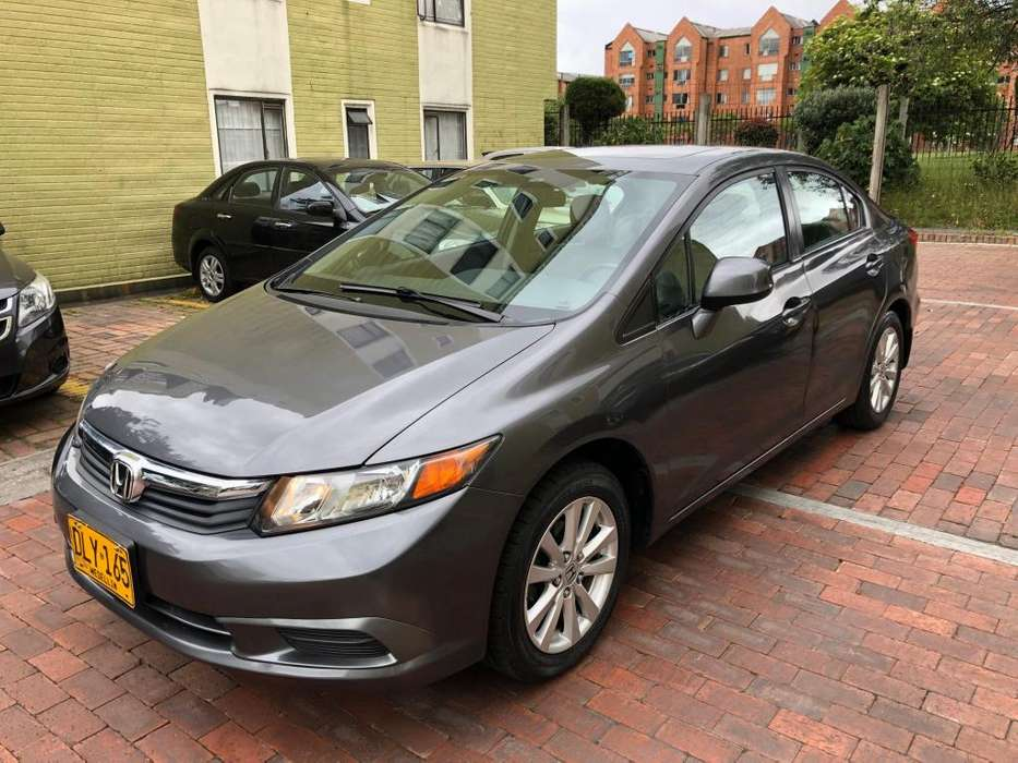 Honda Civic 2012 - 63000 km