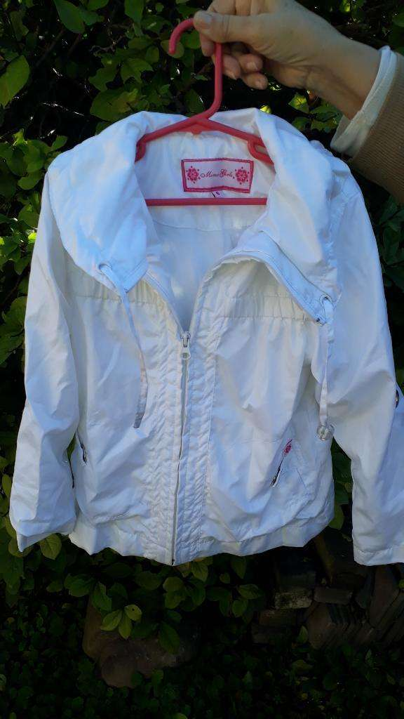 Campera Impermeable Blanca Mimo Talle 6