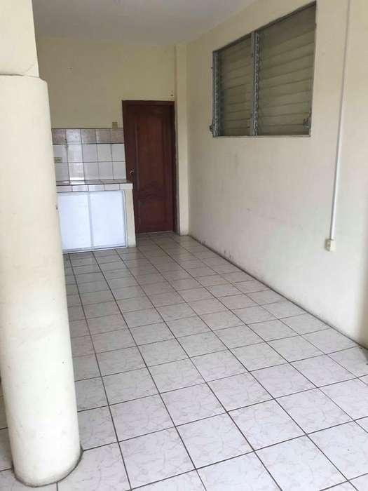 Mini-Departamento Cell: 0990757227