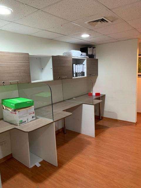 Se alquila excelente Oficina en 7mo Piso del Centro Empresarial Pardo y Aliaga en la mejor zona de San Is