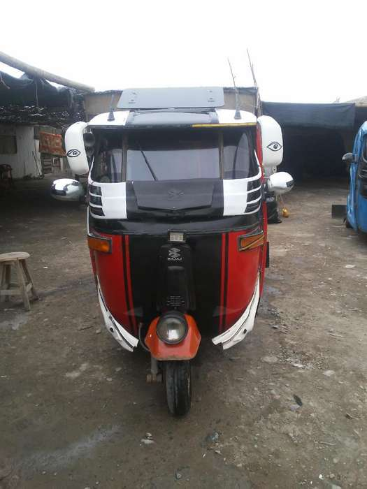 Vendo Mototaxi de 4 T Moder. Dual
