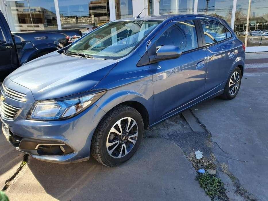 Chevrolet Onix 2014 - 100000 km