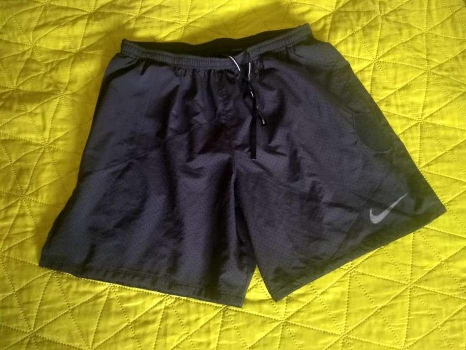 Short Nike L