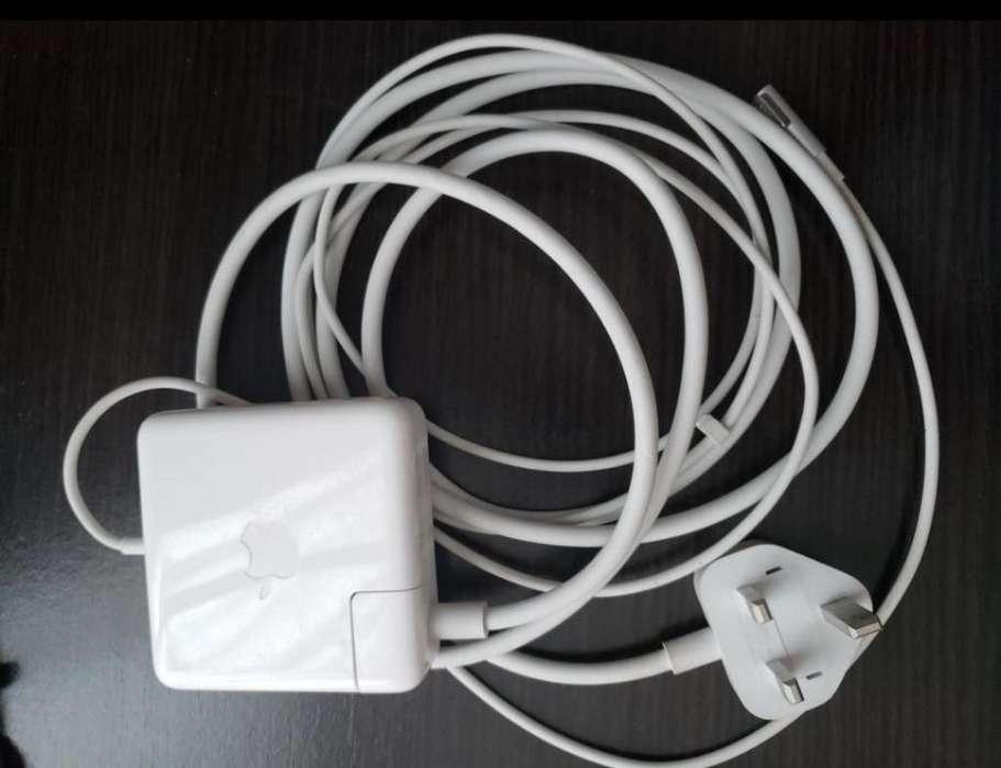 Cargador Macbook Pro 2011