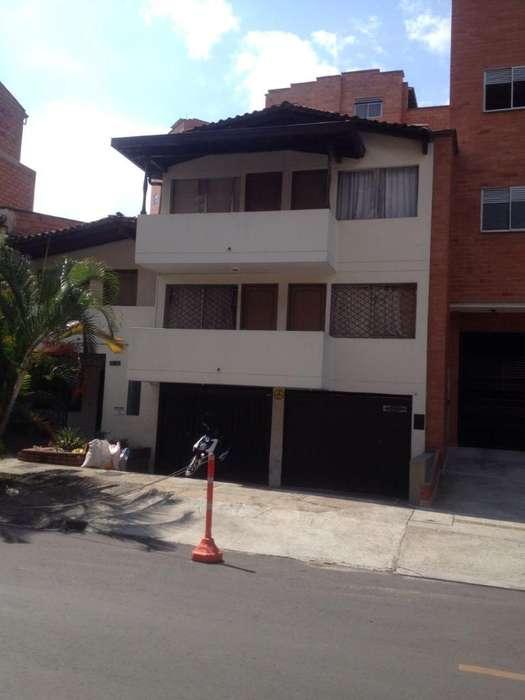 Casa Lote en Belen Alameda
