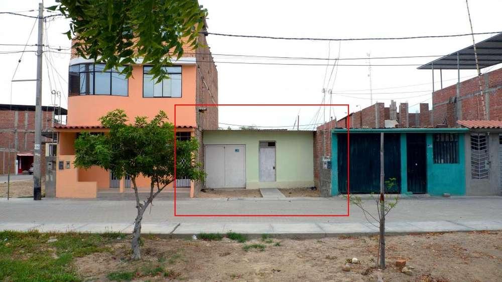 Casa en venta - Piura. Frente a parque, colegio y cerca de Av. Principal - Urb. Santa Margarita.