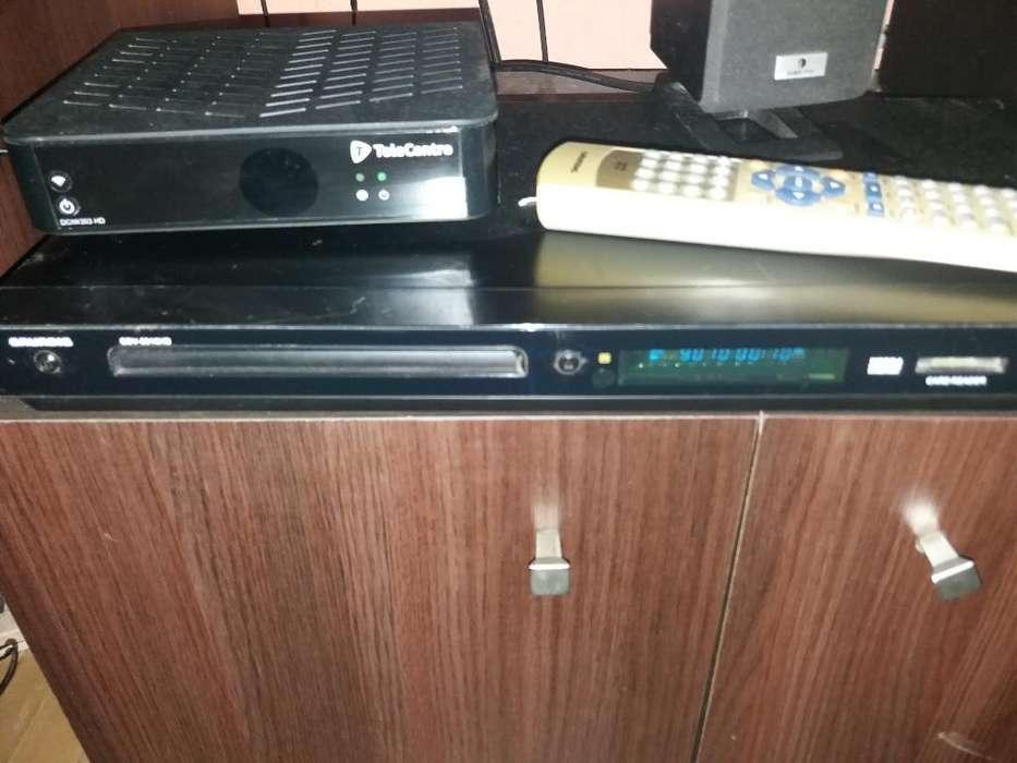 Reproductor de Dvd Mp4 Usb Y Memoria