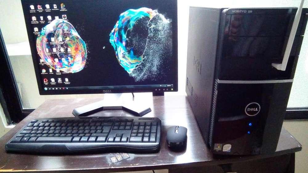 Computadora PC DELL vostro 220