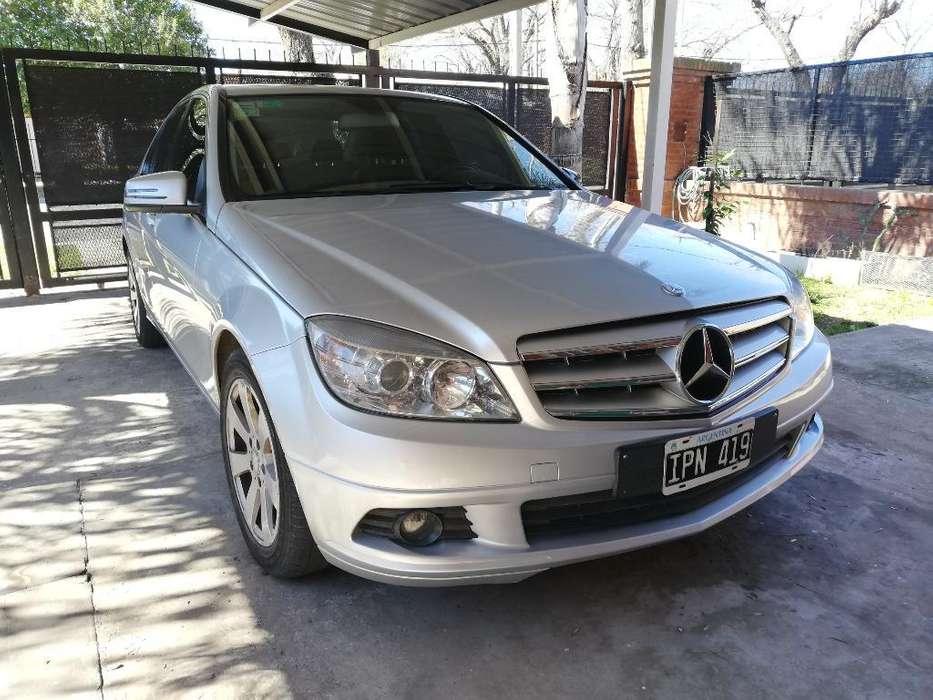 <strong>mercedes-benz</strong> Clase C 2010 - 110000 km