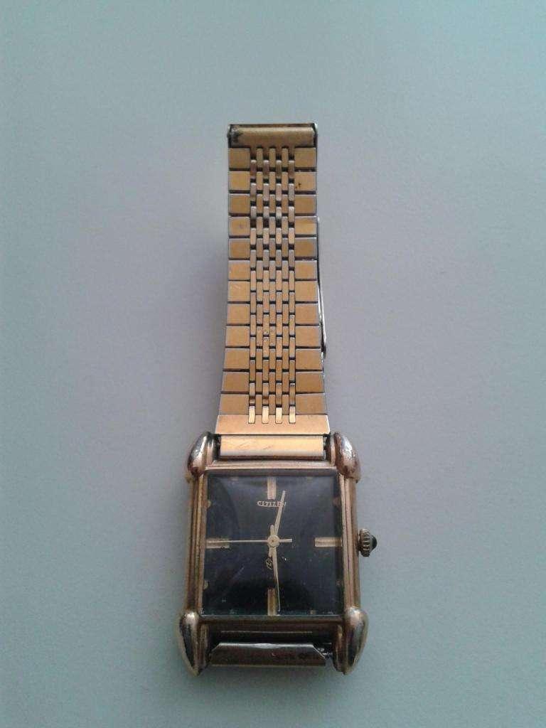 Reloj bañado en oro marca Citizen!!!!!!