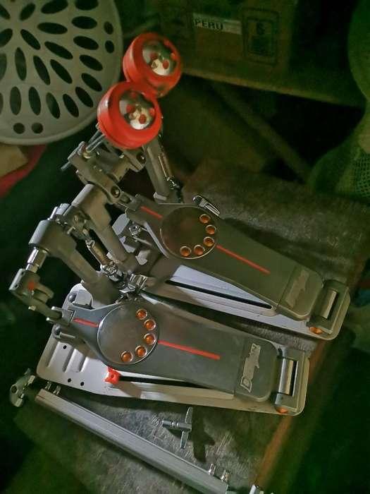 Doble Pedal Pearl Eliminator Demon Drive