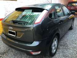 Ford Focus Trend 1.6 full