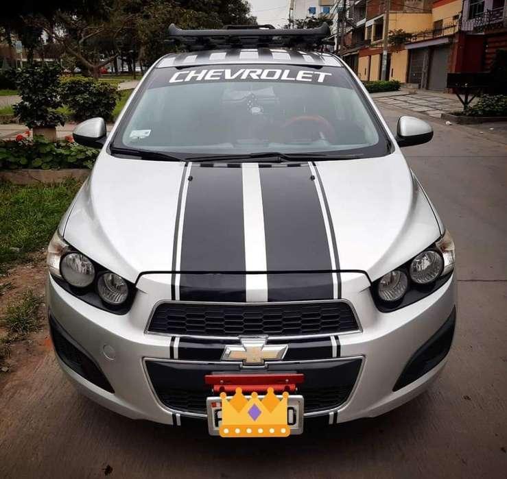Chevrolet Sonic hatchback 2012 - 58000 km
