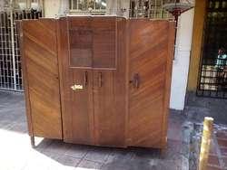Antiguedad armario closet