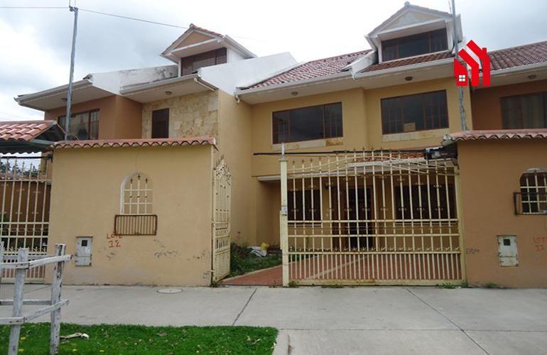 P1211 En Cuenca Rento Casa Sector el Mercurio 400