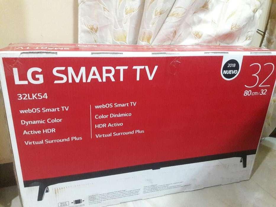 Vendo Lg Smart Tv de Paquete de 32p