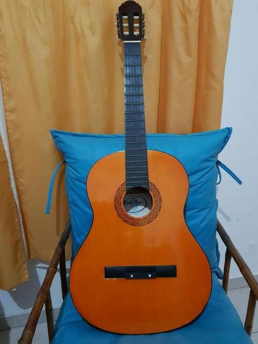 Guitarra Criolla Impecable Romulo Garcia