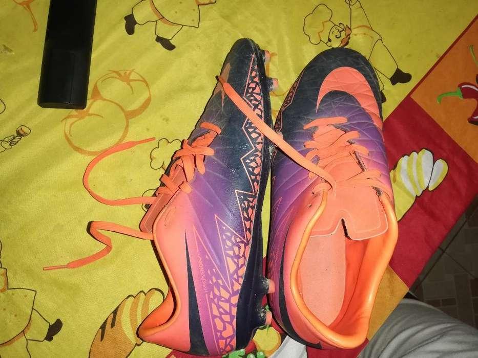 Pupos Nike Talla 40