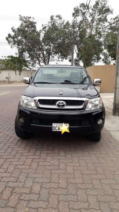 Toyota Hilux 2010 - 119000 km