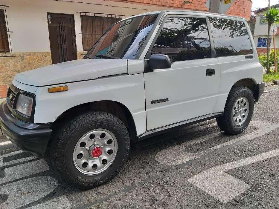 Chevrolet Vitara 1996 - 200000 km