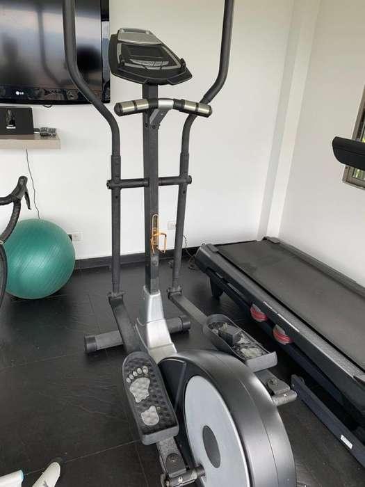 Eliptica -Sport Fitness - De segunda, pero como nueva.