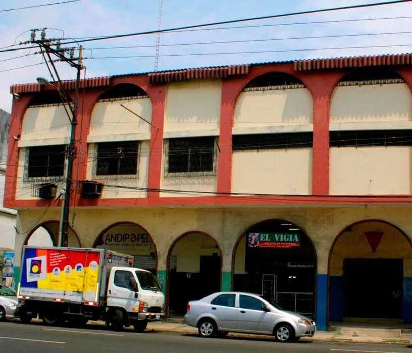 Venta de Local Comercial Y Bodegas Cerca De La Bahia Centro de Guayaquil