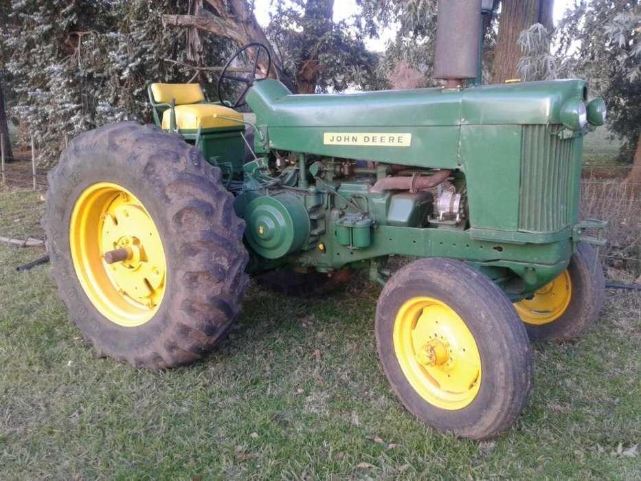 Tractor 730 con Tres Puntos