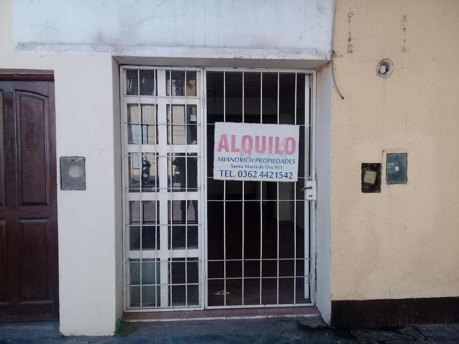 ALQUILAMOS LOCAL COMERCIAL 30 MTS2 F CAPELLI 57 (CALLE 6) ALT AV 25 DE MAYO 1400