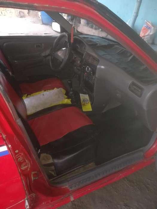 Nissan Sentra 1993 - 100000 km
