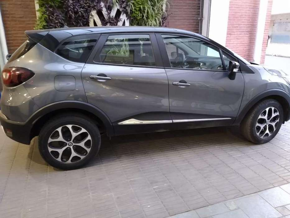 <strong>renault</strong> Captur 2017 - 25000 km