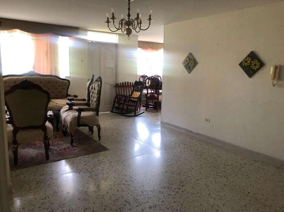 Vendo <strong>apartamento</strong> en El Prado 142 Mts